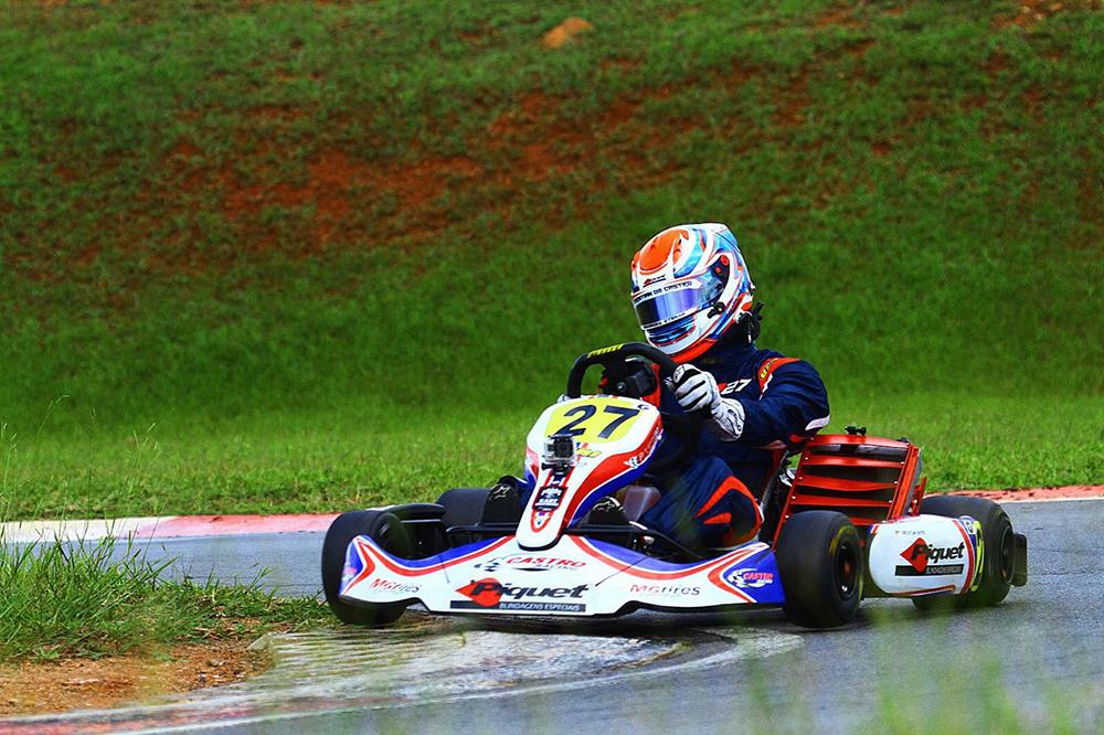 Christian Castro viveu sábado de momentos positivos em sua estreia no Kartódromo de Interlagos
