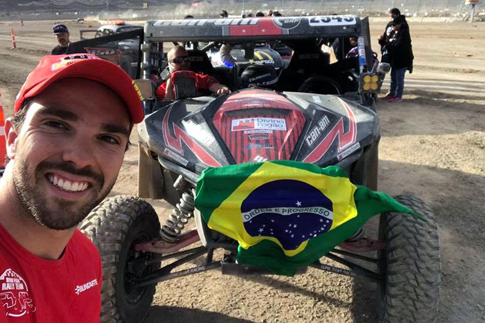 Brasileiro Gabriel Varela vence nos Estados Unidos com UTV