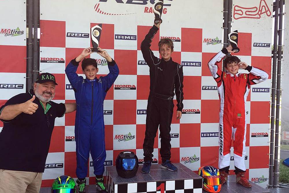 Lucas Lima foi ao pódio em sua primeira corrida de Júnior Menor