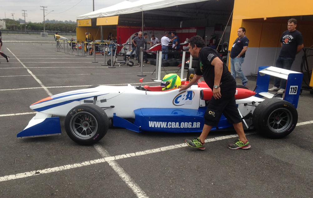 Pedro Goulart começa a usufruir do prêmio oferecido pela CBA e faz sua estreia na Fórmula 3 Brasil