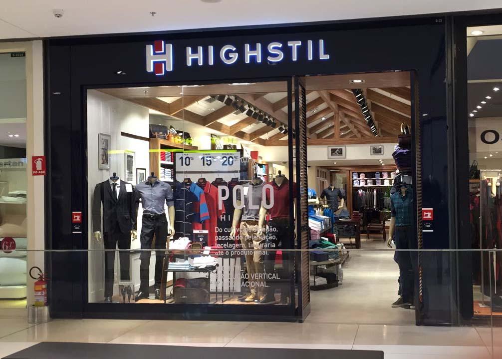 Highstil recebe pilotos da Stock Car no shopping Flamboyant