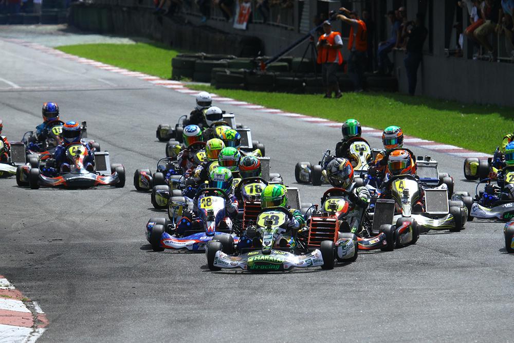 Com 155 pilotos Light realizou terceira etapa no sábado