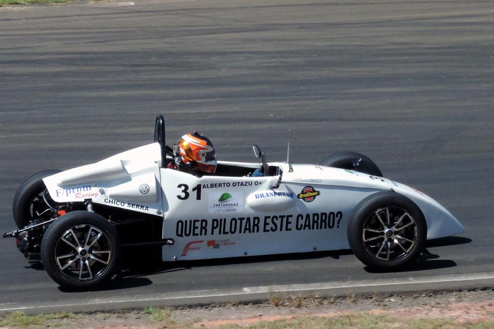 Copa ECPA de Fórmula Vee: Alberto Cesar Otazú estreia com dois pódios em Piracicaba