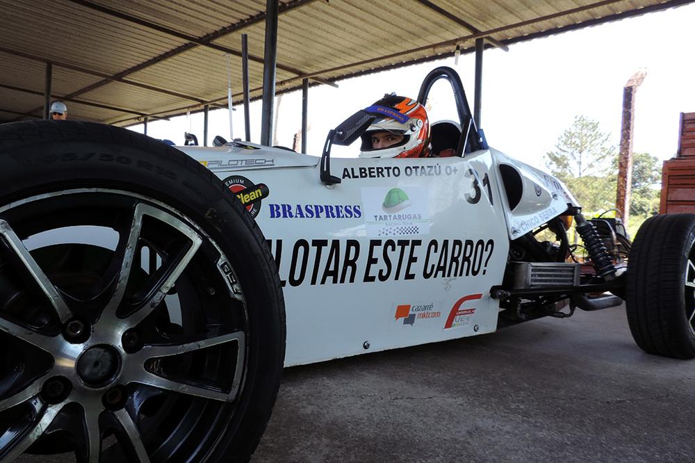Campeonato Paulista de Fórmula Vee: Alberto Cesar Otazú reestreia na terceira etapa em Interlagos