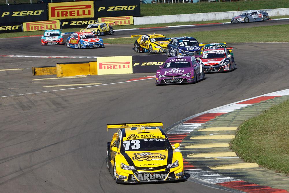 Stock Car: Sérgio Jimenez e Guga Lima pontuam nas duas provas no VeloparkEm etapa marcada por acidentes e rodadas, pilotos da Hot Car