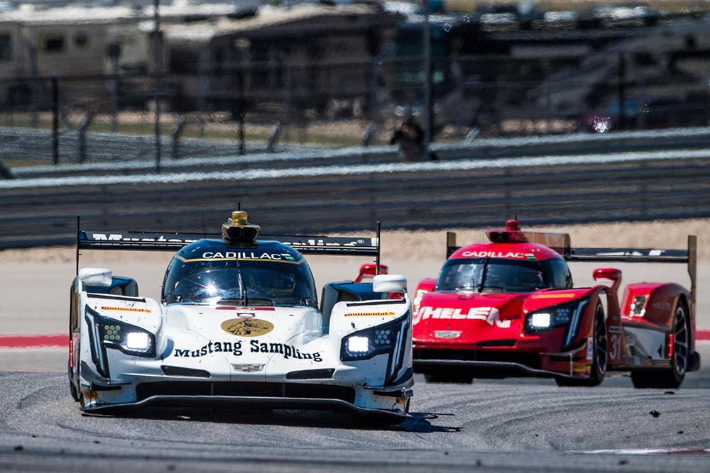 SportsCar: Fittipaldi e Barbosa sobem ao pódio em Austin e mantêm vice-liderança do campeonato