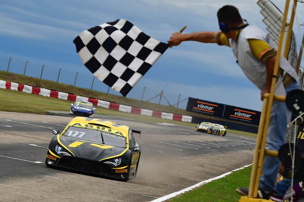 Revelações da Sprint Race Brasil dominam campeonatos nacionais