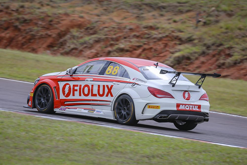 MB Challenge: Mottin Racing reconstrói carros para etapa do Mercedes-Benz Challenge em Curitiba