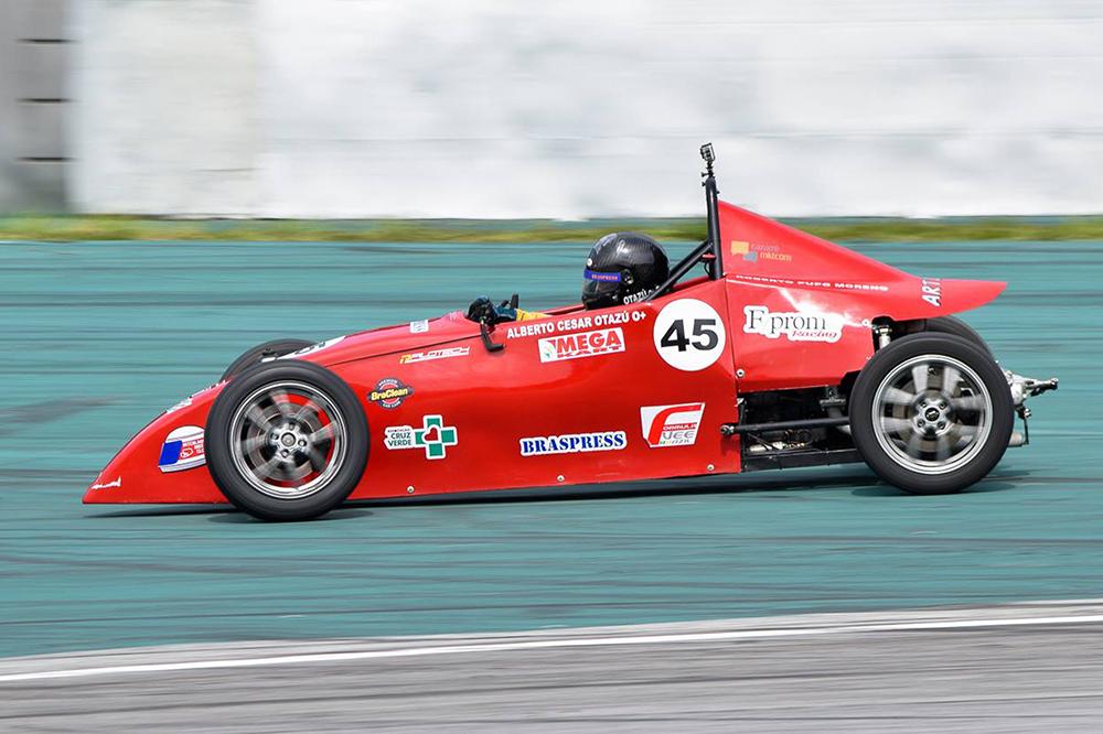 Fórmula Vee homenageia Darcy de Medeiros em Interlagos