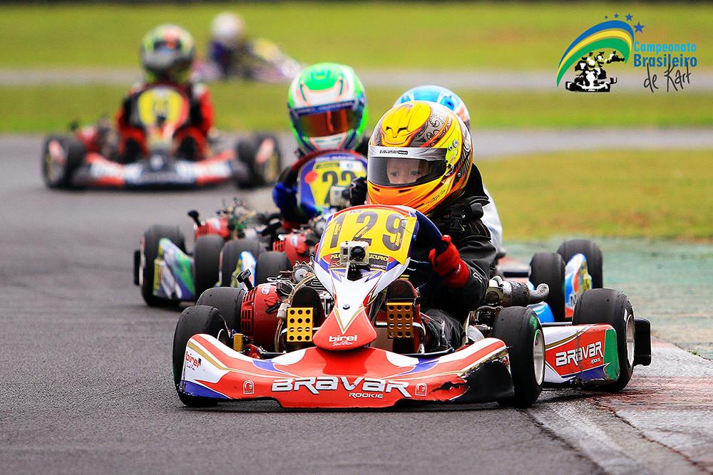 No Brasileiro de Kart Mirins irão concorrer a dois karts novos