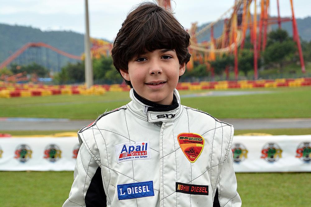 Matheus Sena se destacou no Open do Brasileiro de Kart