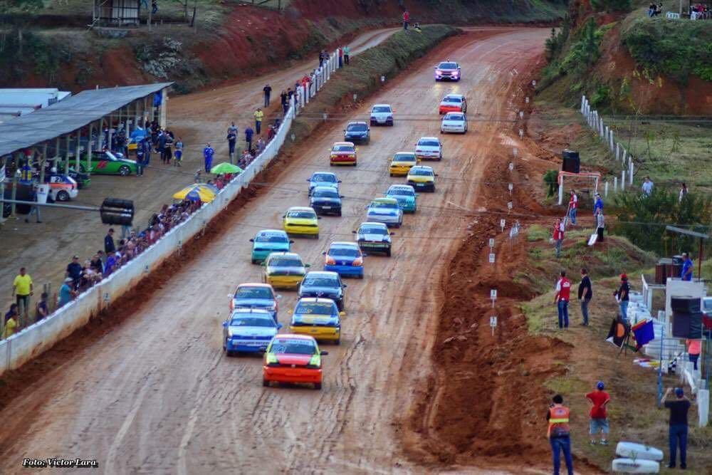 Lontras recebeu etapa dos Campeonatos Catarinense e Brasileiro de Automobilismo