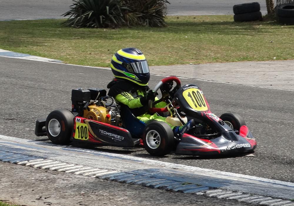 – Metropolitano de Kart –  Breno Ebrahim fica em segundo na Mirim